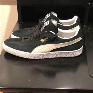 Puma suede size 11 shoes